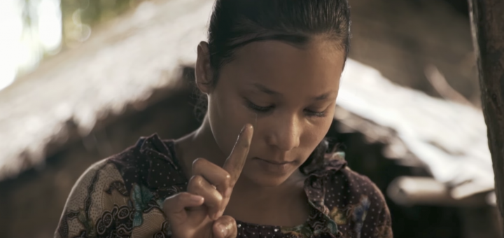 """Capture d'écran du clip """"Nour - Enfant du destin""""."""